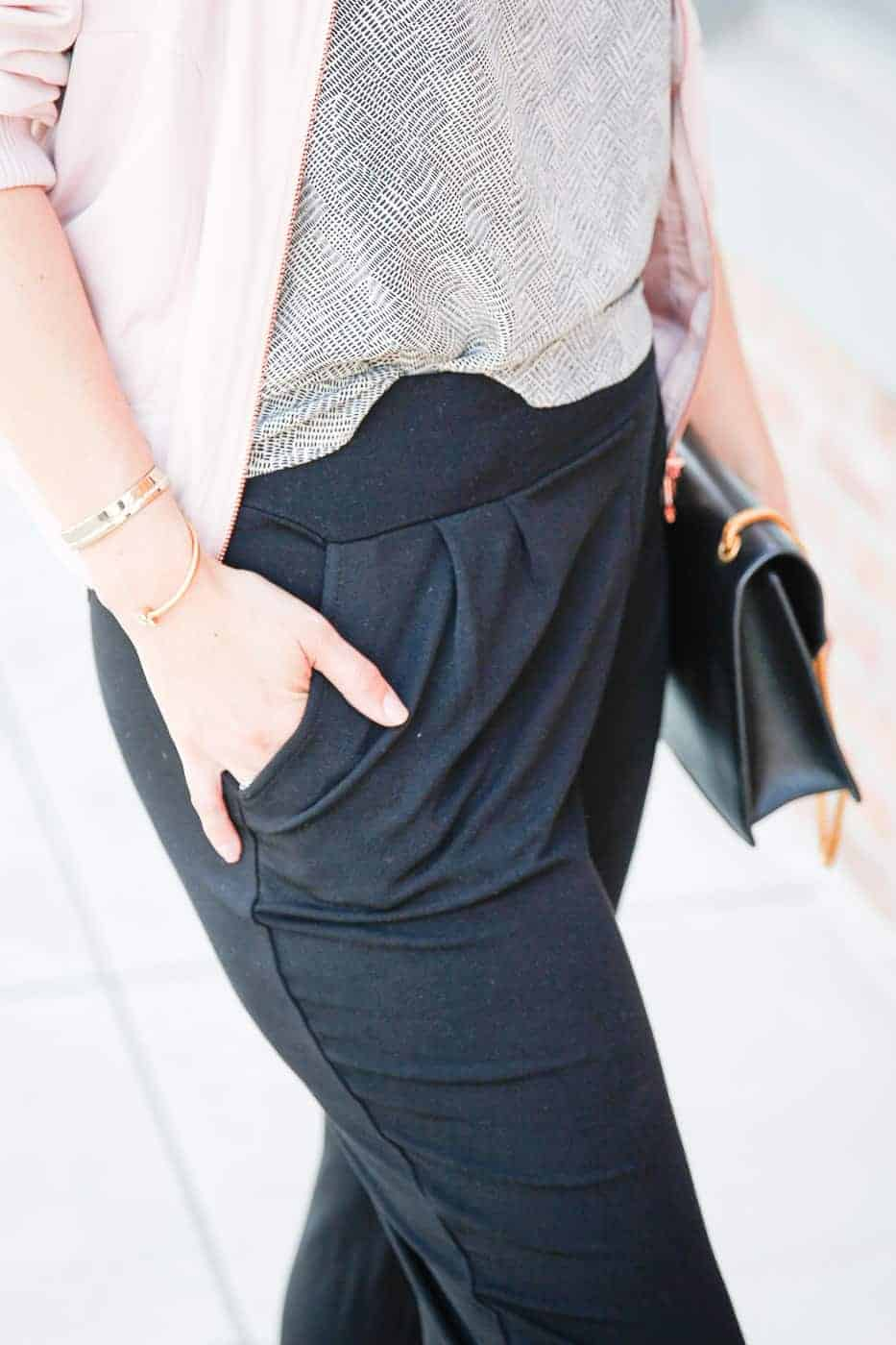 dressy sweatpants travel outfit-3