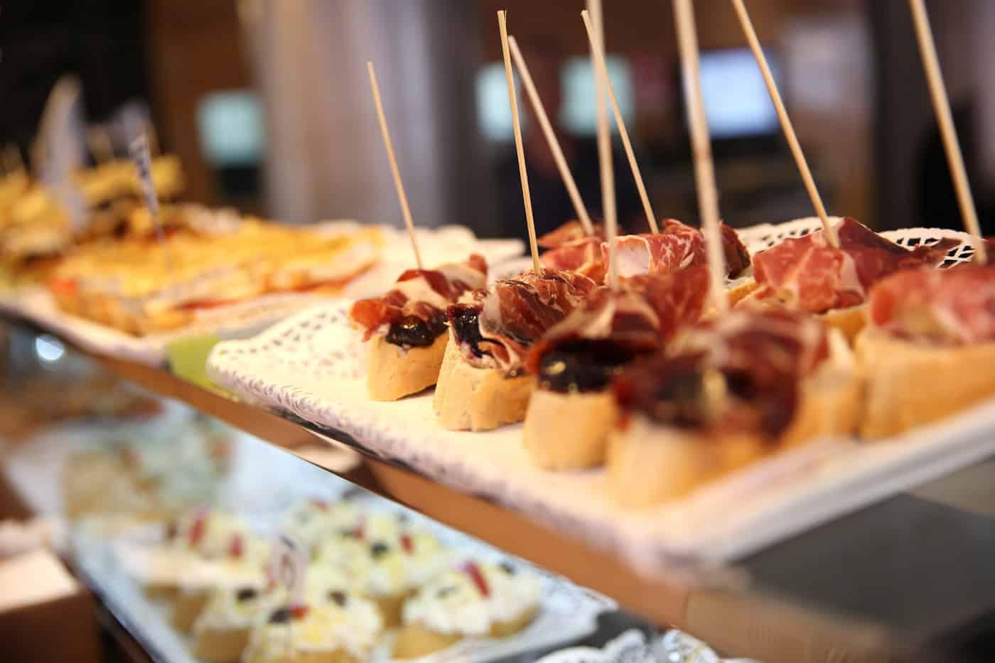 Spain travel tips for eating
