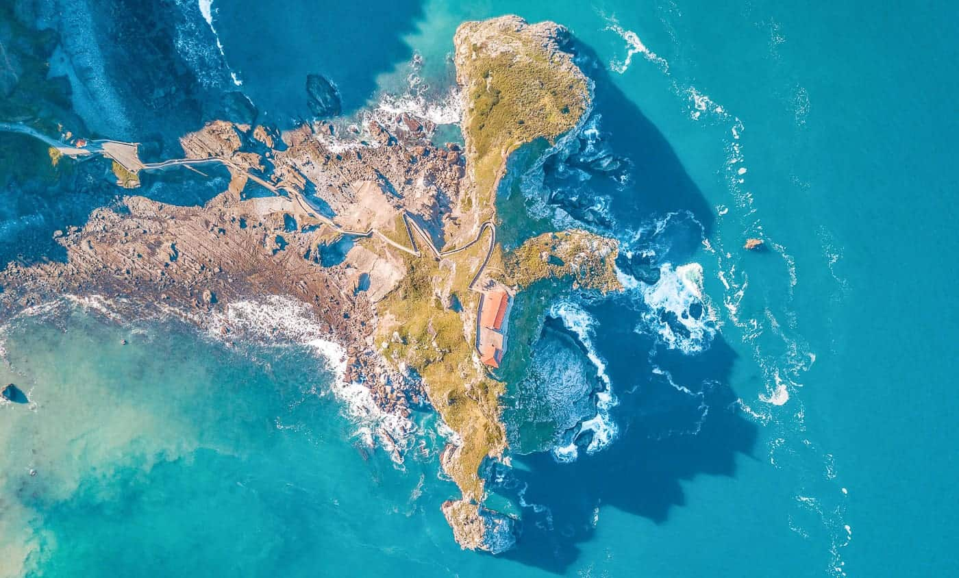 gaztelugatxe Spain bay of biscay